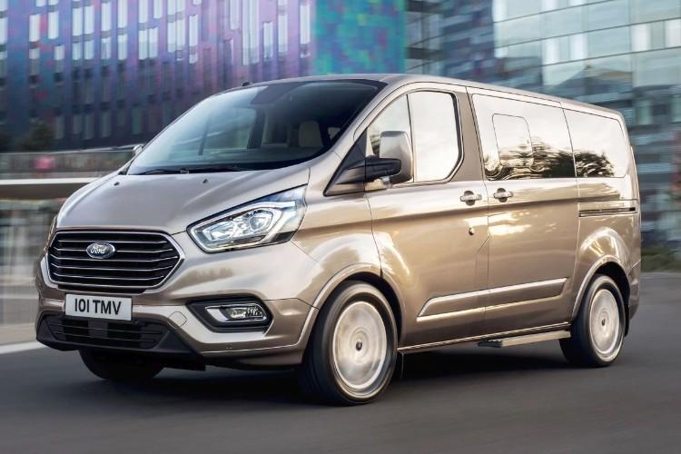 Ford Tourneo Custom Combi Leasing